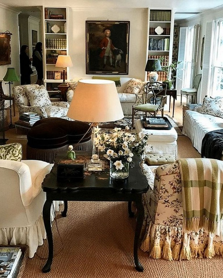 30 Comfy Traditional And Classic Living Room Decor Ideas Page 35 Of 35